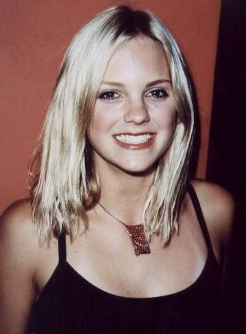 Anna Faris 2001 (2)