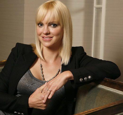 Anna Faris 2012