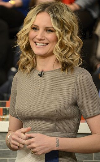 Jennifer Nettles 2016 Photos from The Chew
