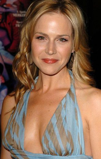 Julie Benz 2005